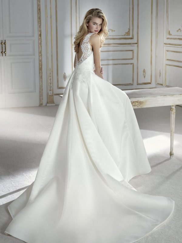 Ballgown-style wedding dress - PALAOS