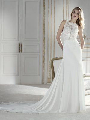 Flowing wedding dress - PALMERA