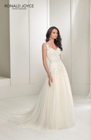 A tulle and chiffon A-line gown - Teddy 18217