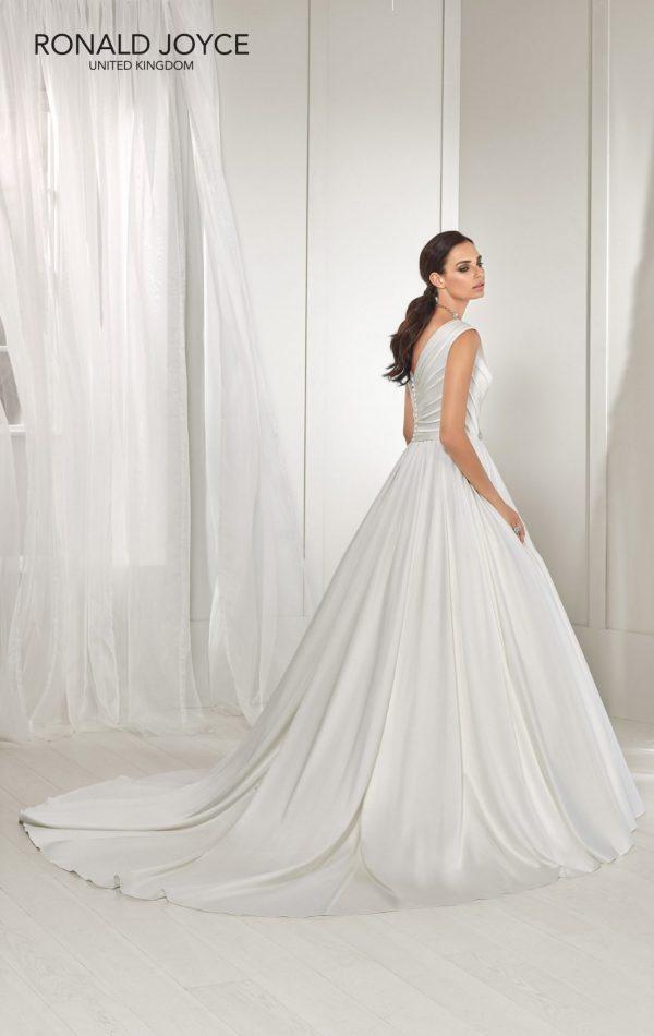 A soft satin A-line gown - Tess 18219