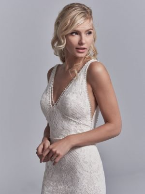Fit-and-flare wedding dress - Regan 11227