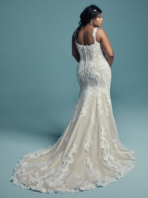 Elegant fit-and-flare wedding dress - Abbie Lynette