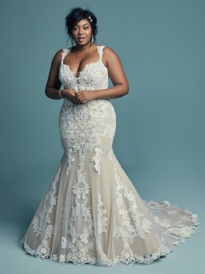 Elegant fit-and-flare wedding dress - Abbie Lynette