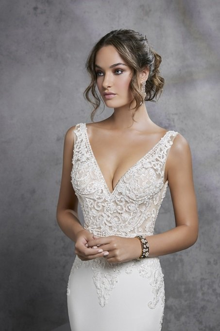 Romantic Satin and lace gown - Imola 18301