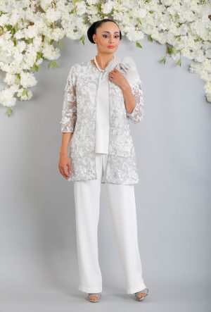 3 piece trouser suit - Luis Civit X66 Y721 S439 C410 T572 S781 C020
